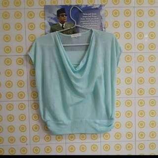 baju warna tosca