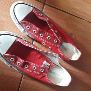 Sepatu converse all star merah