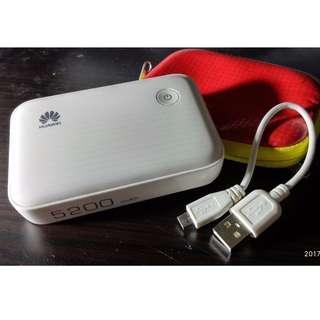 九成新 功能正常 Huawei e5370s-2 流動寬頻 WIFI 蛋 3G 路由器 旅行 尿袋 外置充電器 充電  寶