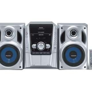 🚚 Panasonic CD STEREO SYSTEM SA-AK240