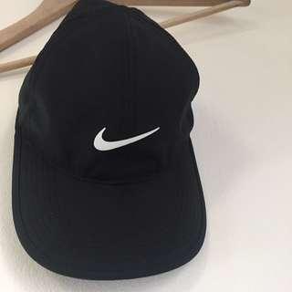 Nike dry-fit running cap