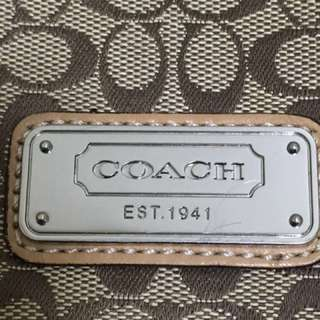 COACH LIMETED EDITION SLING BAG