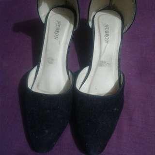 Slop heels