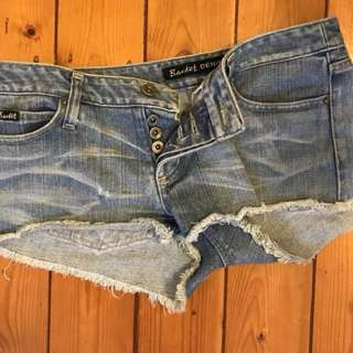 BARDOT DENIM JEAN SHORTS - SIZE 10