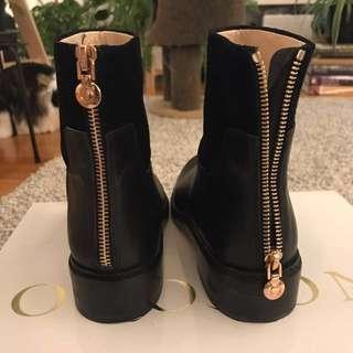 Oroton Leather Render Vachetta Flat Boot - Black