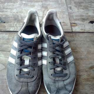 Adidas og Gazelle size 36 fit 37 original 100%