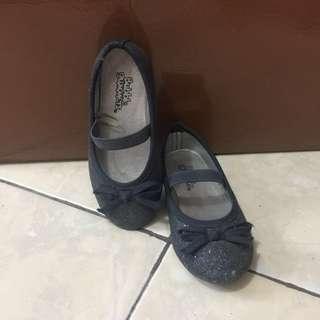 Sepatu balet anak