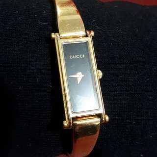 Gucci watch yellow gold color
