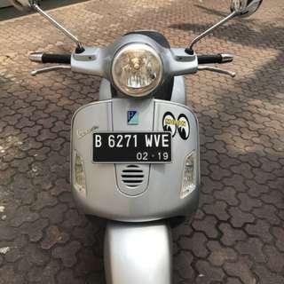 Vespa GT200L