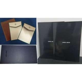 Prada Receipt Paper Holder x 1,  Giorgio Armani Red Pocket Envelope x 2 & Paper Folder x 2 普拉達黑色收據卡紙夾,  阿瑪尼亞曼尼紅包利士卡紙信封 & 卡紙文件夾(非賣品, 意大利造, 一套價5件出售, 連一紅色利士封透明套)  - 包本地平郵