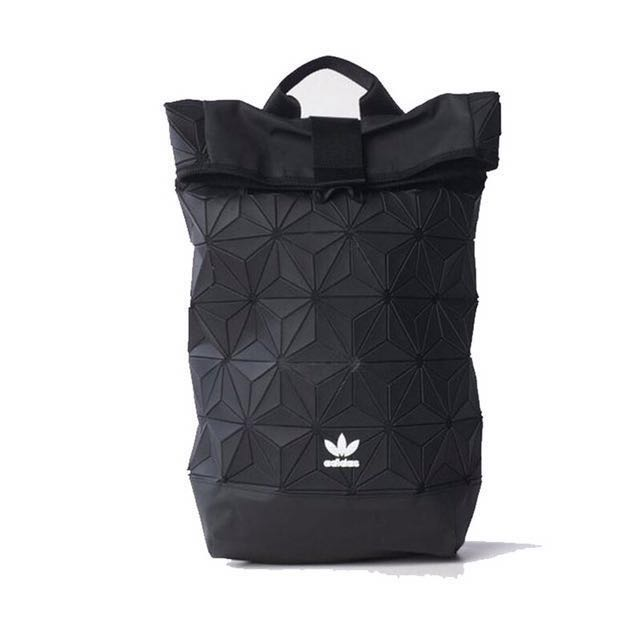aa85a2ec70 2017 READY STOCK new ADIDAS shoulder bag clover Korean version of the 3D  rhombus geometric
