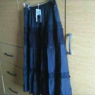 全新專櫃黑色長裙