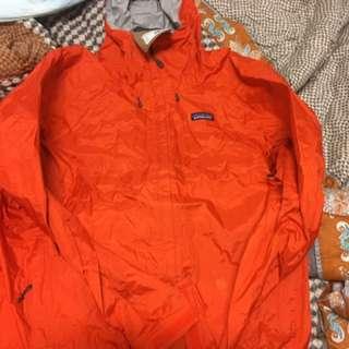 Patagonia torrentshell jacket  m size