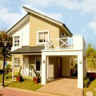 House and Lot for Sale at Windcrest, Greenwoods Dasmarinas, Cavite