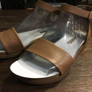 Authentic Windsor Smith strappy tan sandals in size 7