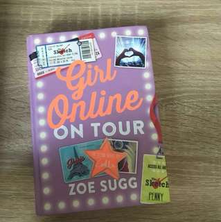 Girl Online ON TOUR by Zoe Sugg(Hard cover)