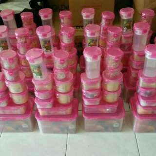 Lock Four Set isi 10 warna pink