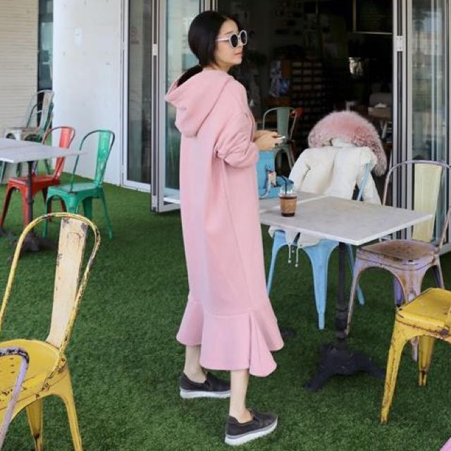 韓國後鋪棉連帽魚尾連身裙