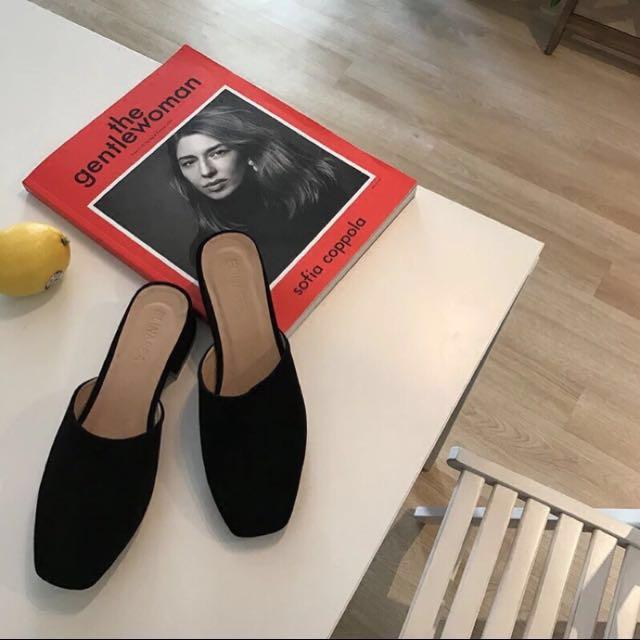 黑色方頭麂皮絨拖鞋