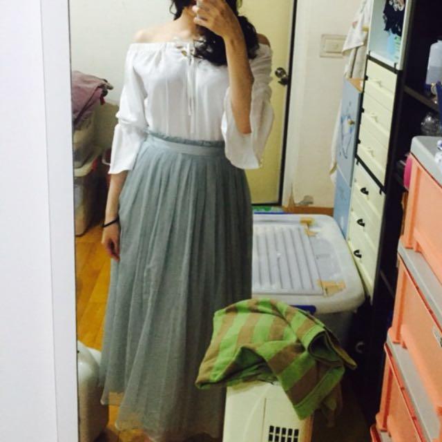 白色一字領平口上衣 #我的女裝可超取