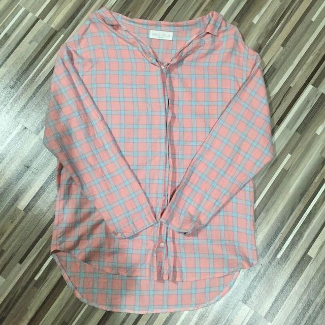 韓國 一字領格子粉嫩長版襯衫