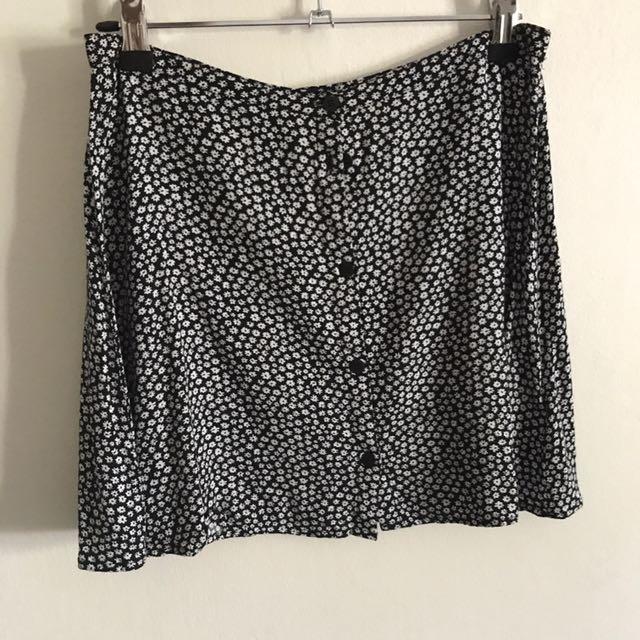 A line skirt flower print