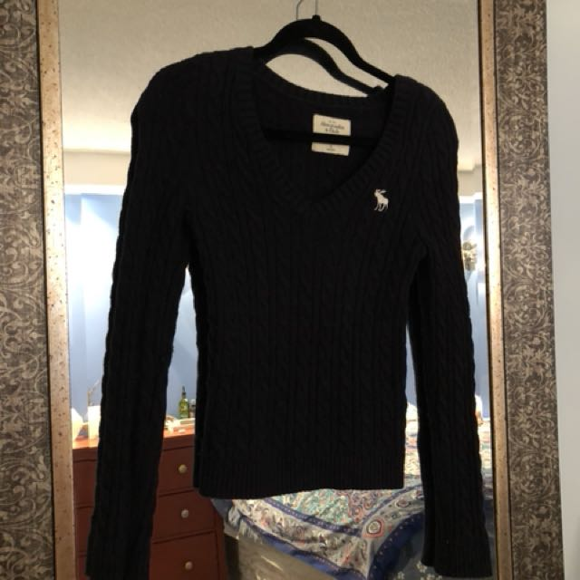 Abercrombie & Fitch knitted sweater, navy blue, small size