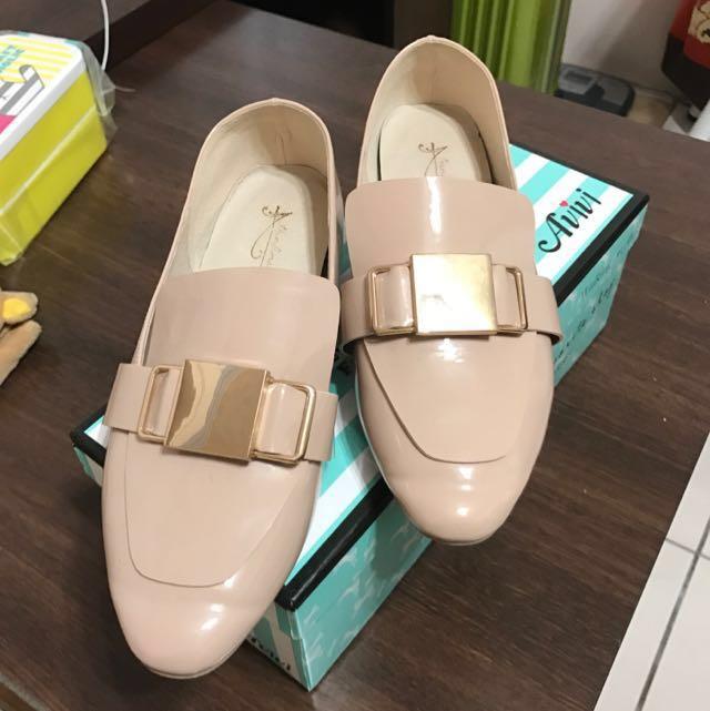 AVIVI 粉色 鞋