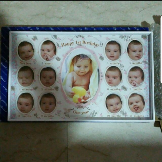 The Most Beautiful 12 Month Baby Frames For Family Keepsake Dazzling