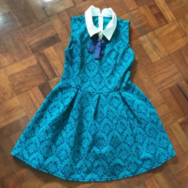 Blue Green Sleeveless Dress With Collar