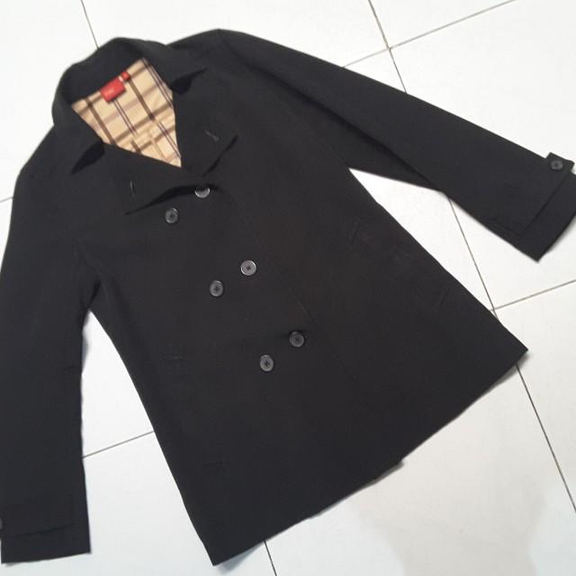 Bossini trench coat