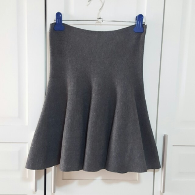 Box Pleated Gray Skirt (Ribbed)