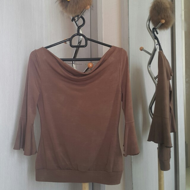 Brown top all size fit to M