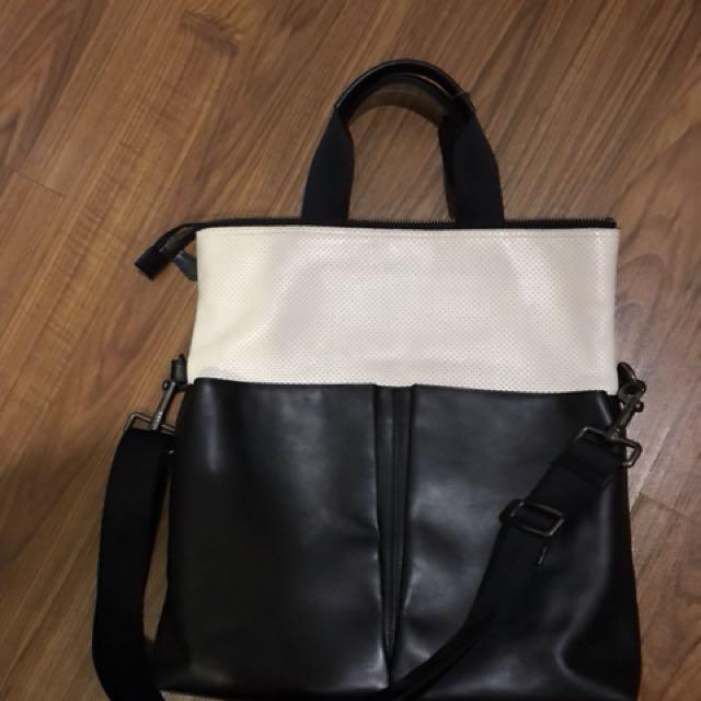coach laptop bag or envelop bag