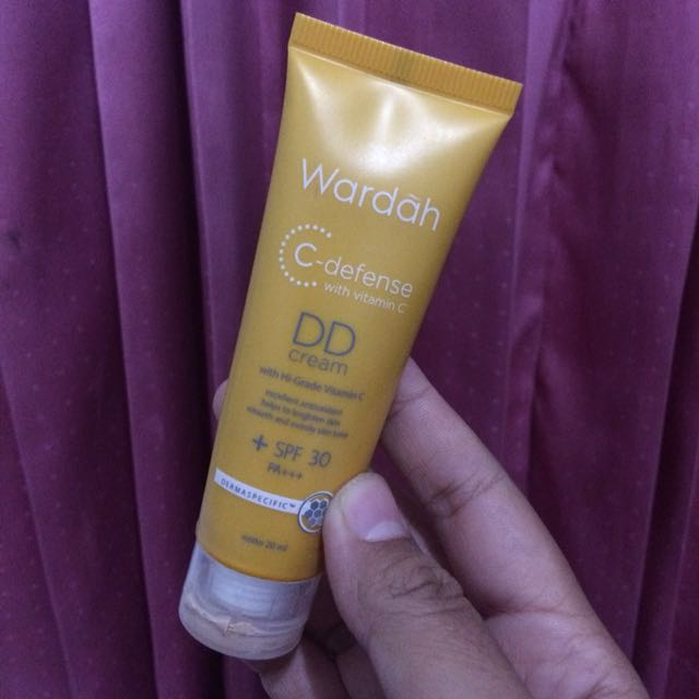 DD Cream C defense wardah