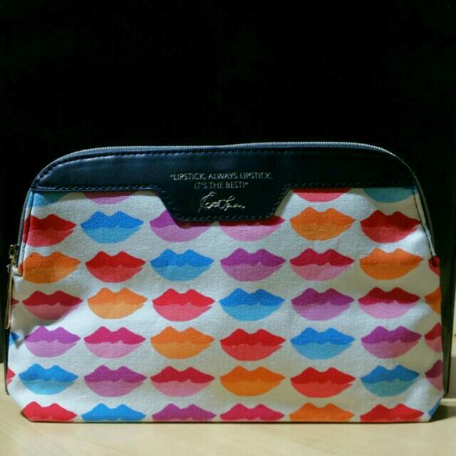 Estée Lauder - Makeup Bag/Toiletries Bag