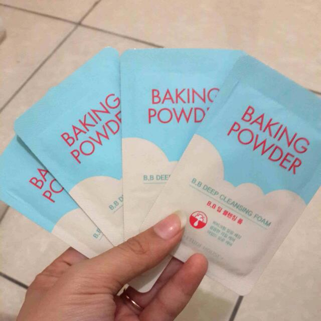 Etude House Baking Powder Deep Cleansing Foam Sample