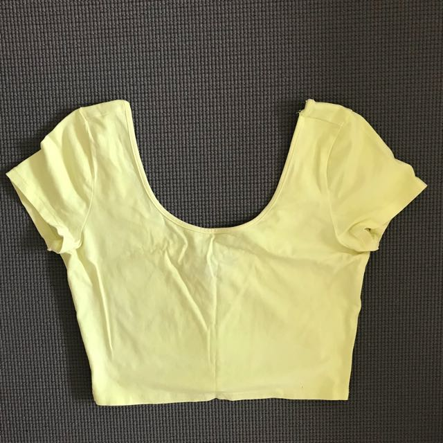 F21 Scalloped Neck Crop Top