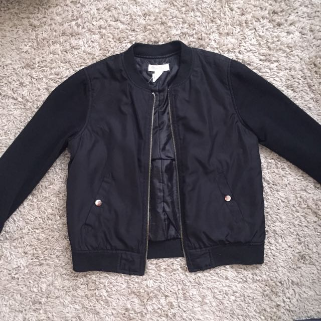 Forever21 bomber jacket small