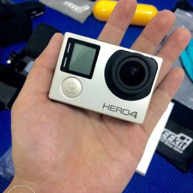 GoPro Hero4 Silver (with EEE Kit, Complete)