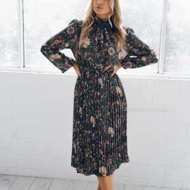 High neck print dress