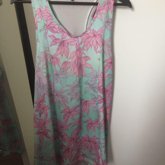 Lisa Stannard - Flower Dress