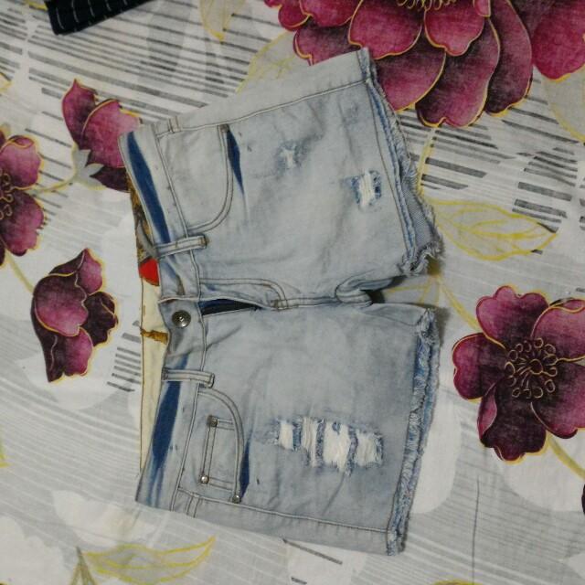 淺藍牛仔短褲m