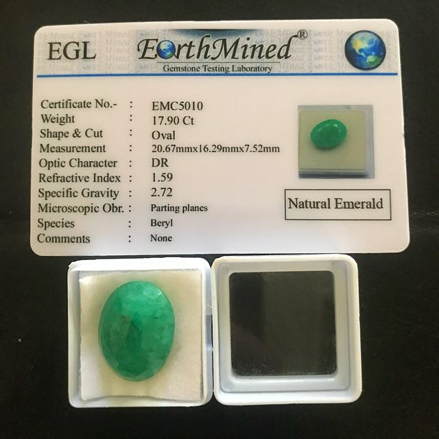 Natural Green Emerald 17.90 Ct