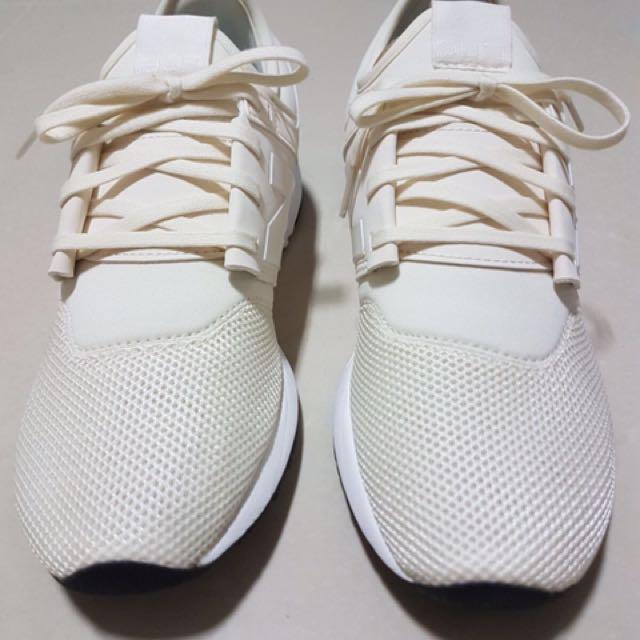 new balance classic beige