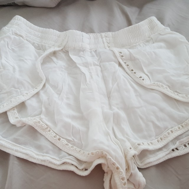 Sabo skirt white frill shorts