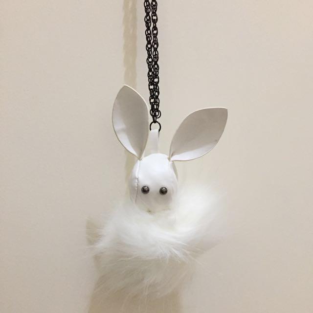 Sale - kalung putih bunny