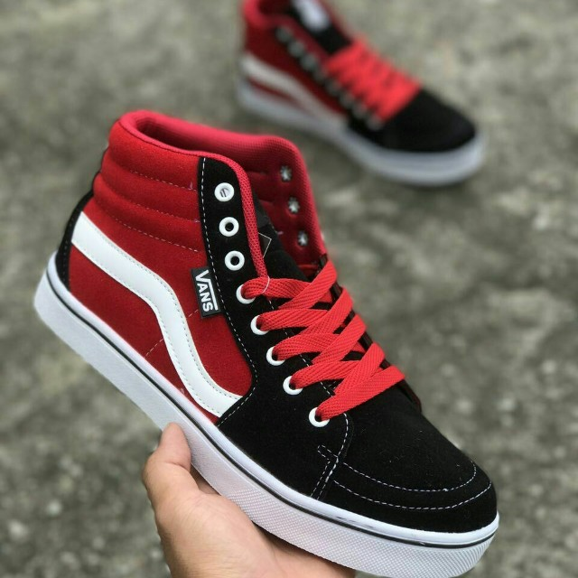 9840ef7db3f Vans oldskool black red high cut