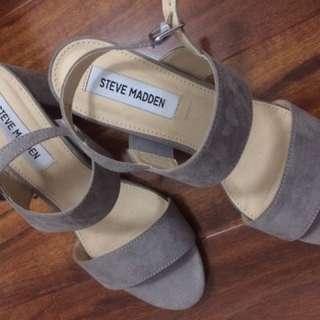 "STEVE MADDEN ""FANN"" block heels"