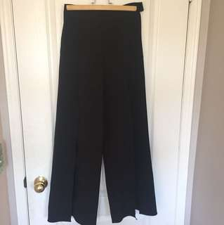 Vintage! High waisted trouser. Size 4